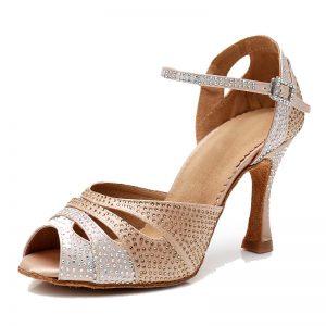tanečné topánky s kamienkami na ples
