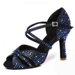 čierne tanečné topánky s kamienkami