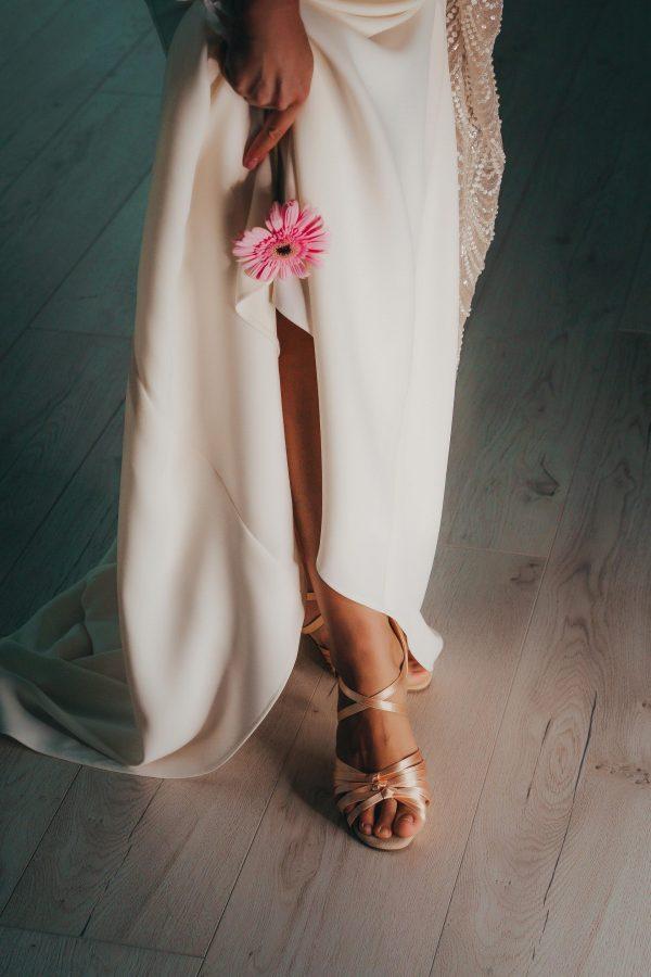 svadobne topanky k ivory svadobnym satam